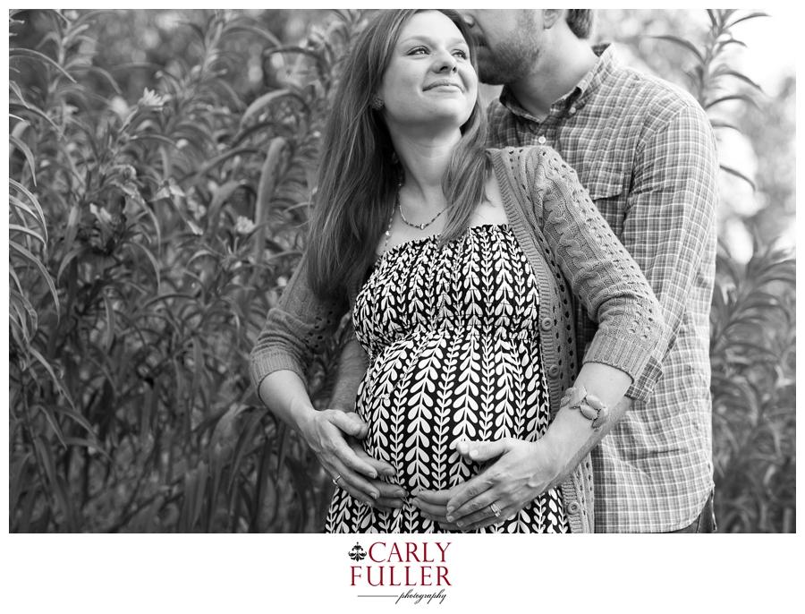 Alexandria black and white maternity photographs