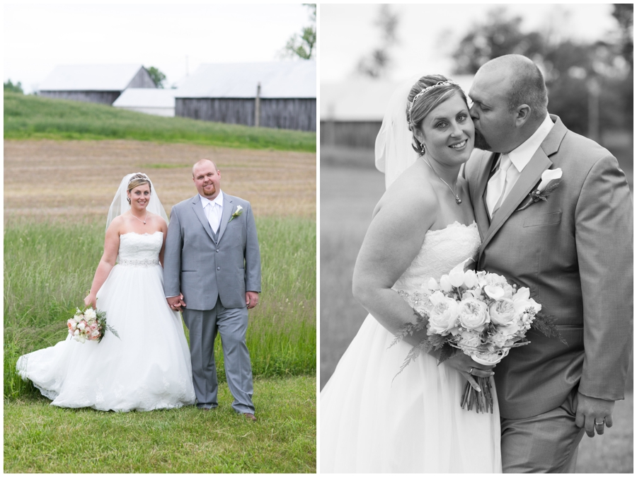 Rustic Farm wedding couple photo - Davidsonville Country Farm Wedding Photographer