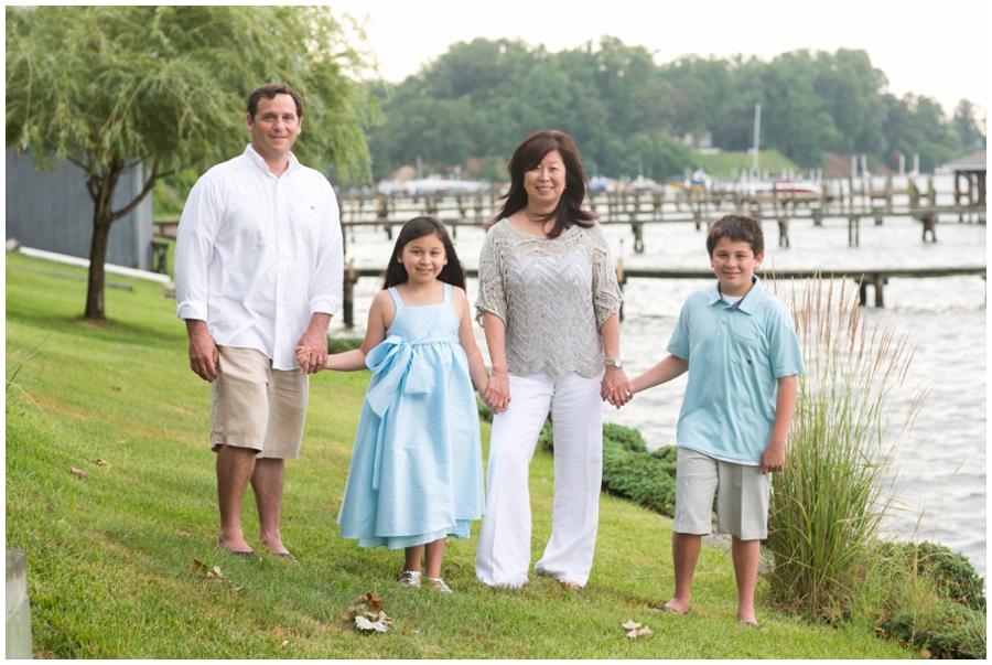 Severn River Family Portrait - Crownsvile Family Portrait