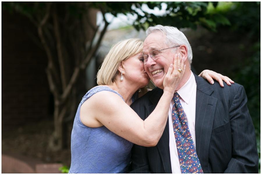 Arlington VA Elopement photographer - Leighton & Tereza Love Portrait