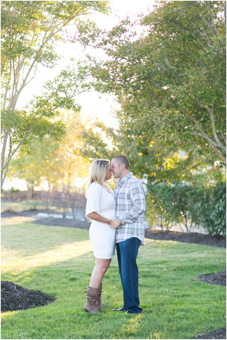 Broomes Island Engagement Session - Hyatt Regency Chesapeake Bay Couple