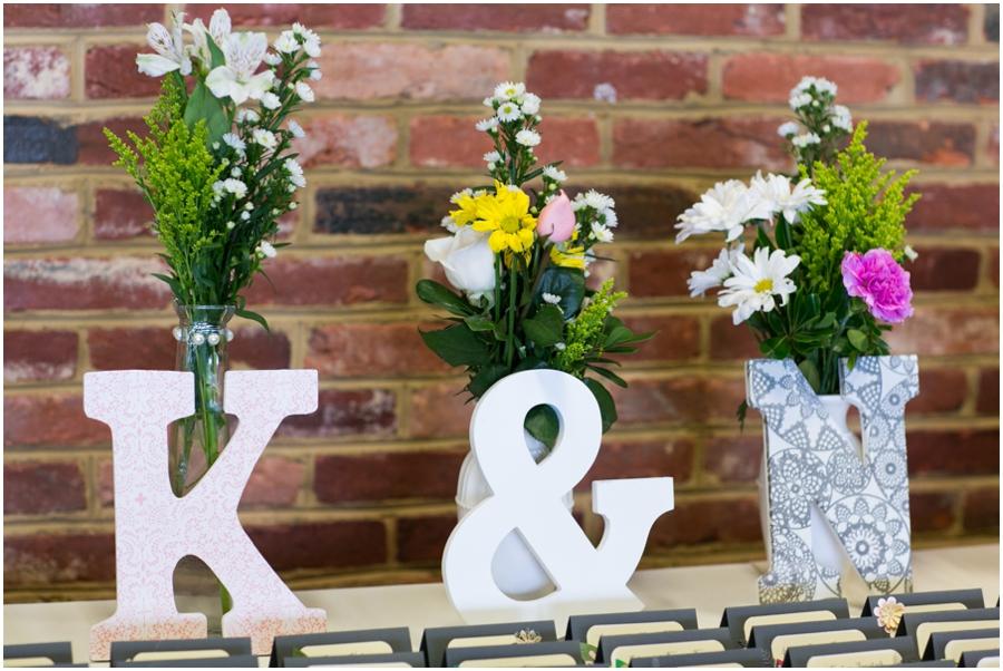 Hunt Valley Wedding Photographer - Oregon Ridge Lodge DIY Wedding decor