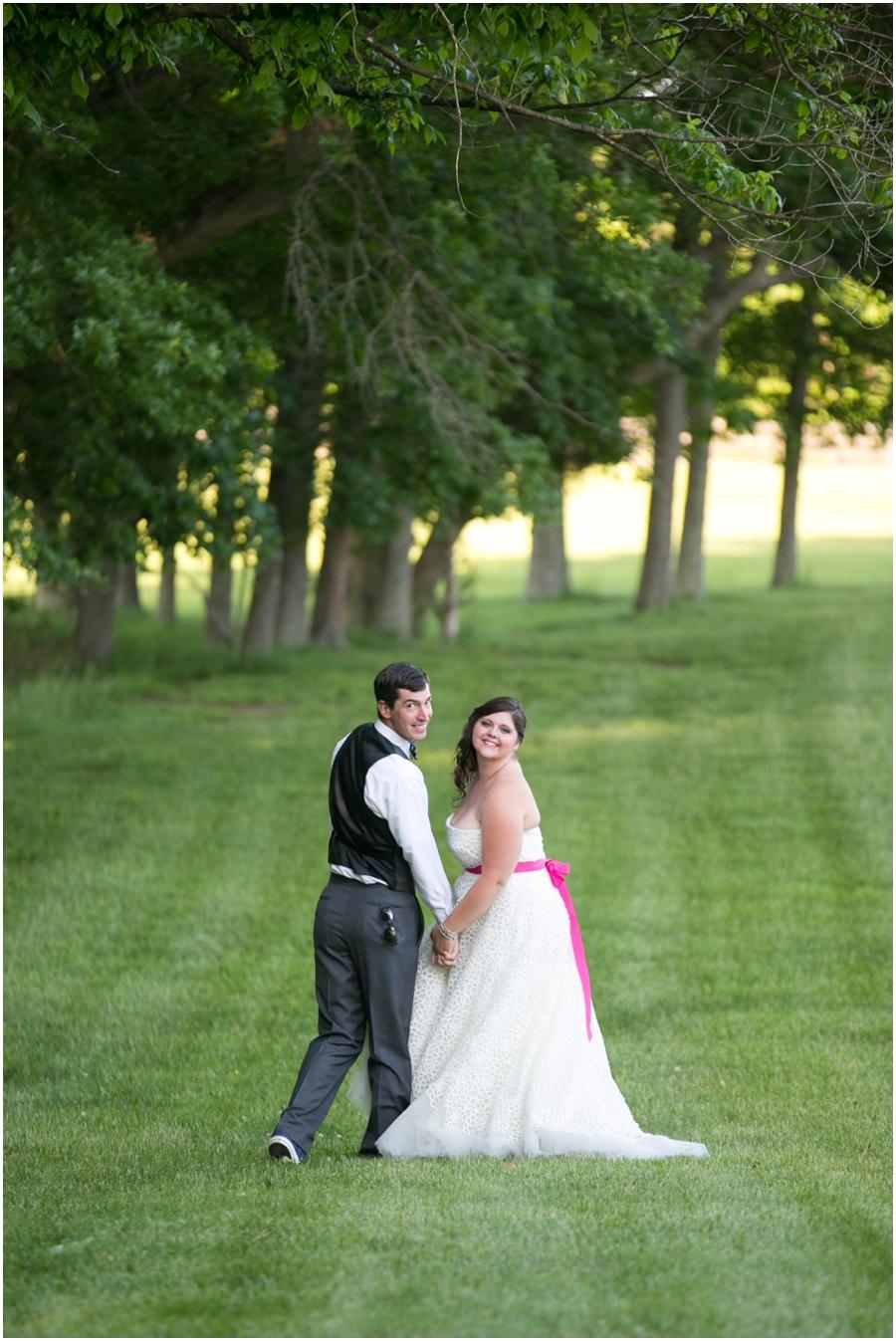 Sunset Crest Manor Spring Wedding - Traveling Wedding Photographer