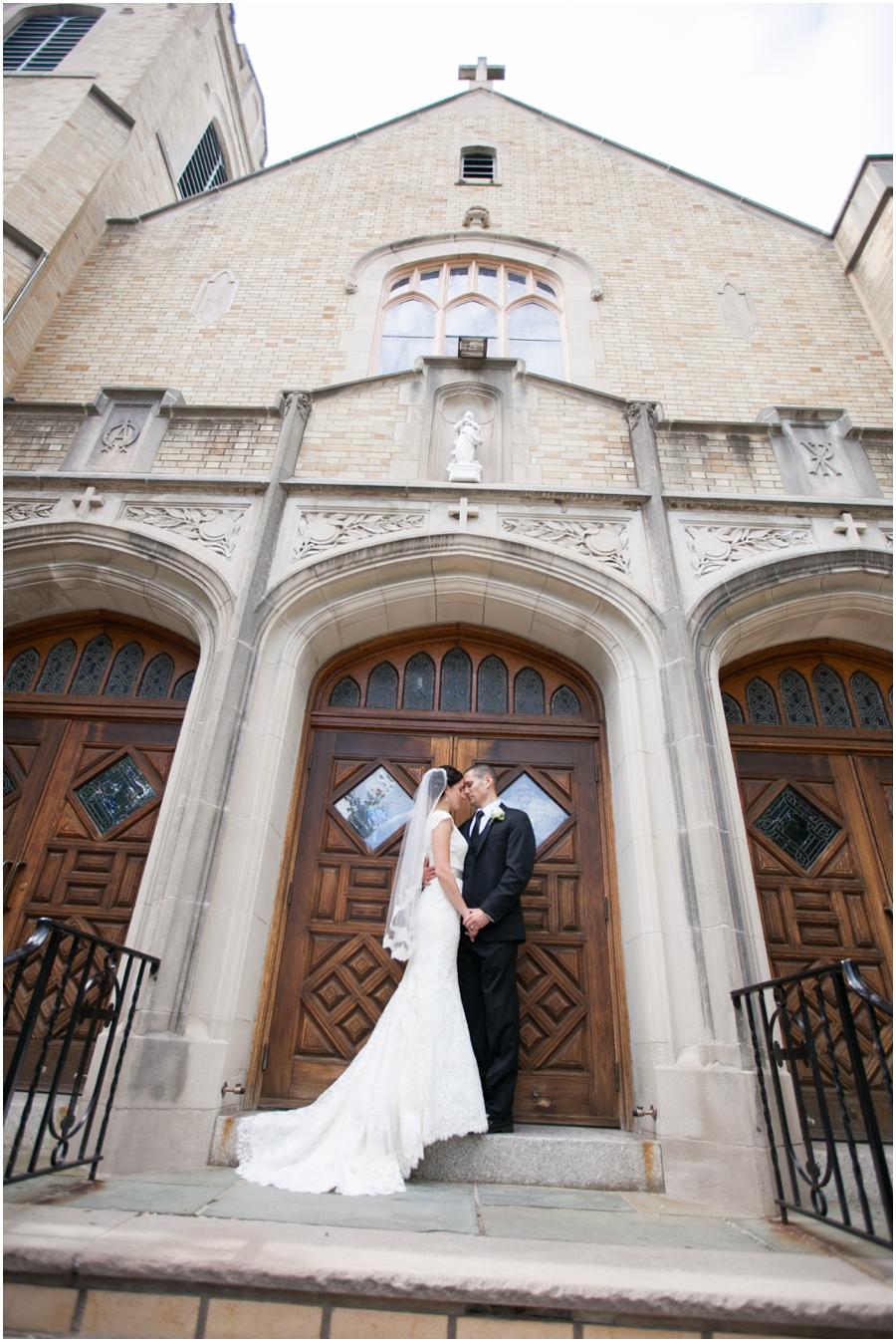 St Mary's Church Pompton Lakes Wedding Photographer - Love Portrait