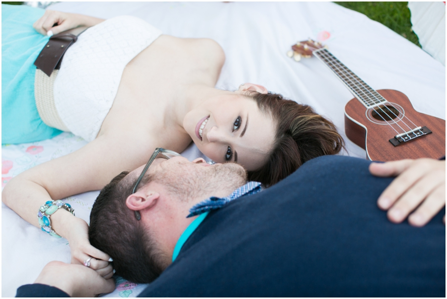 CarlyFullerPhotography-Annapolis-Picnic-Engagement-Session_0935