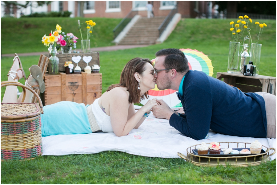 CarlyFullerPhotography-Annapolis-Picnic-Engagement-Session_0937