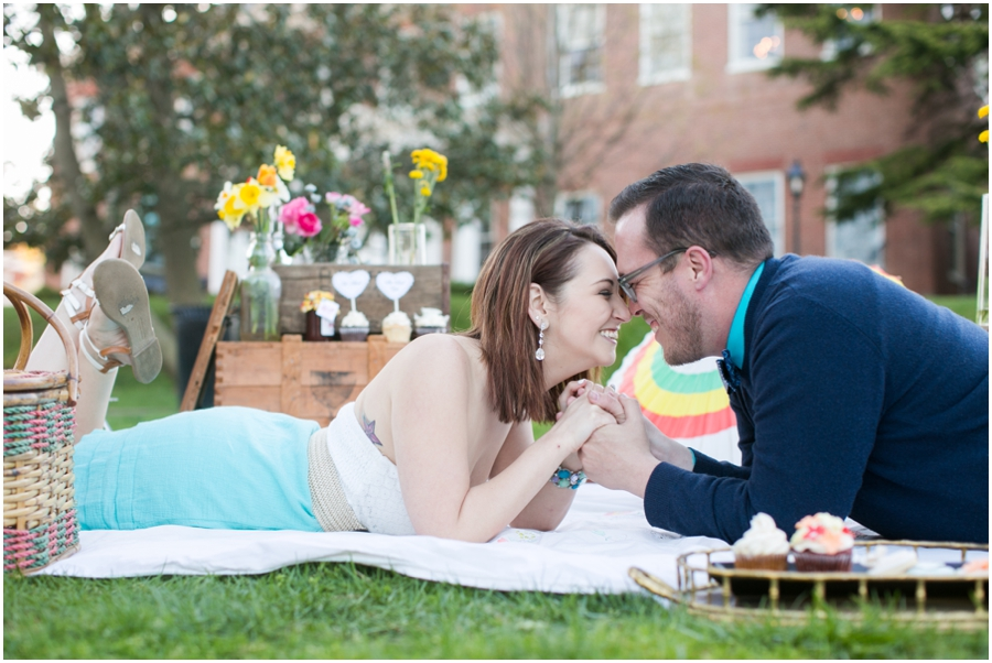 CarlyFullerPhotography-Annapolis-Picnic-Engagement-Session_0938