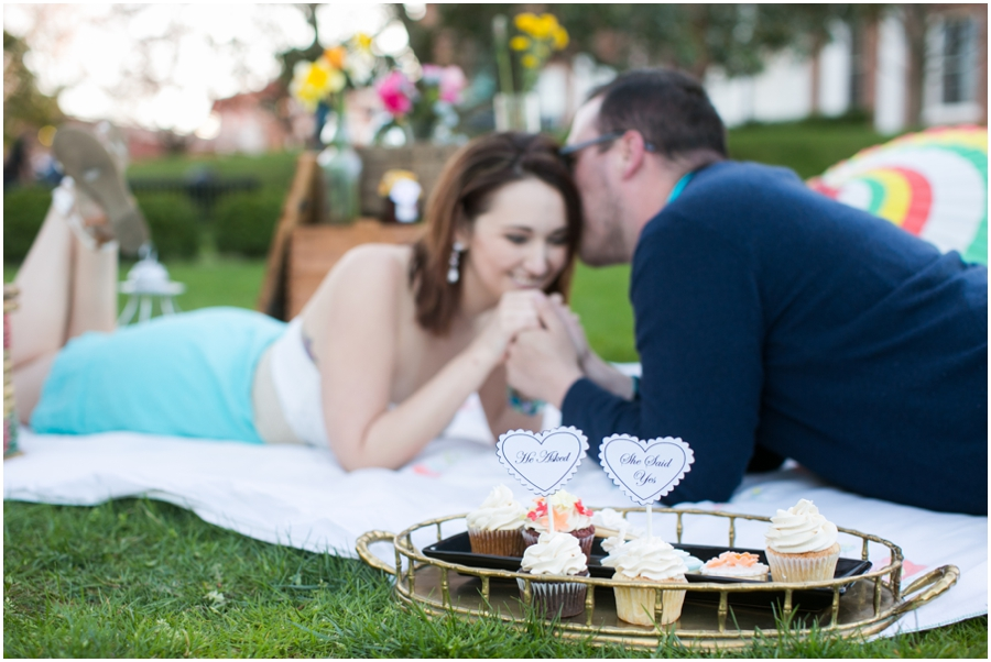 CarlyFullerPhotography-Annapolis-Picnic-Engagement-Session_0939