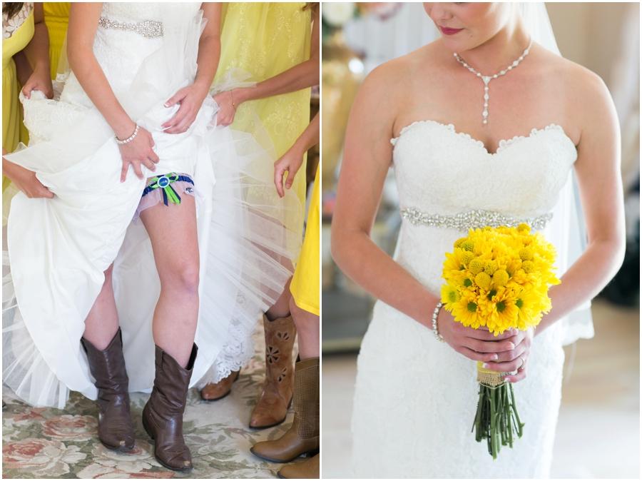 Washington Destination Wedding Photography - Yellow Country Estate bridal detail