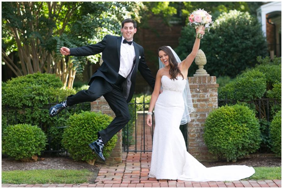 The Tidewater Inn Wedding Photographer - Philadelphia Destination Wedding Photographer