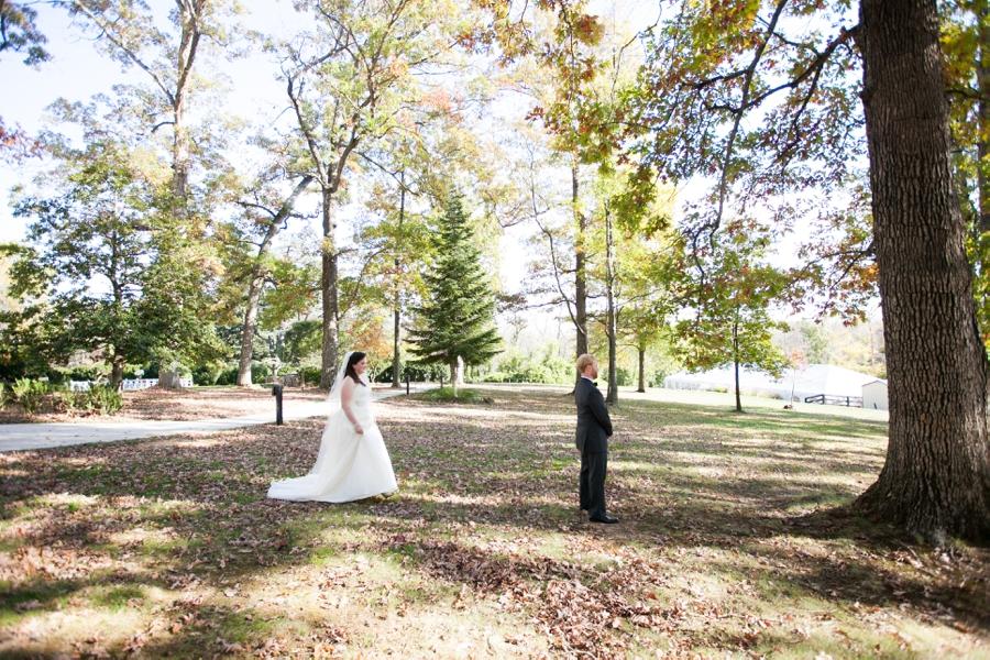 Leesburg VA Bride Groom First Look - Elizabeth Bailey Weddings