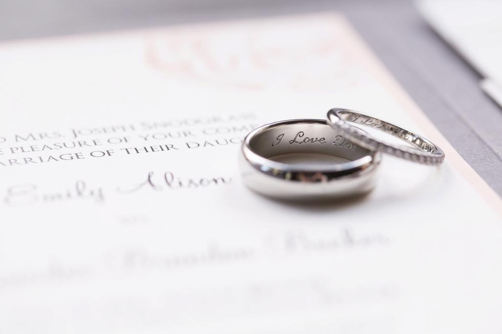 CarlyFullerPhotography-Elkridge-Furnace-Inn-Wedding_0102