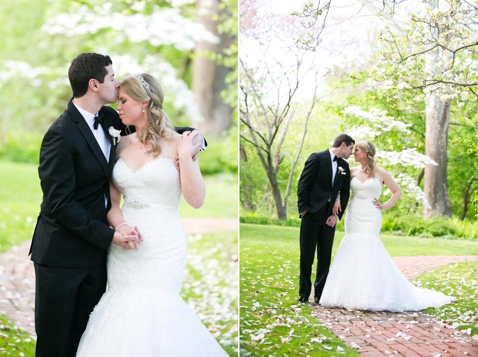 Elkridge Furnace Inn Wedding Photographs - Maggie Sottero