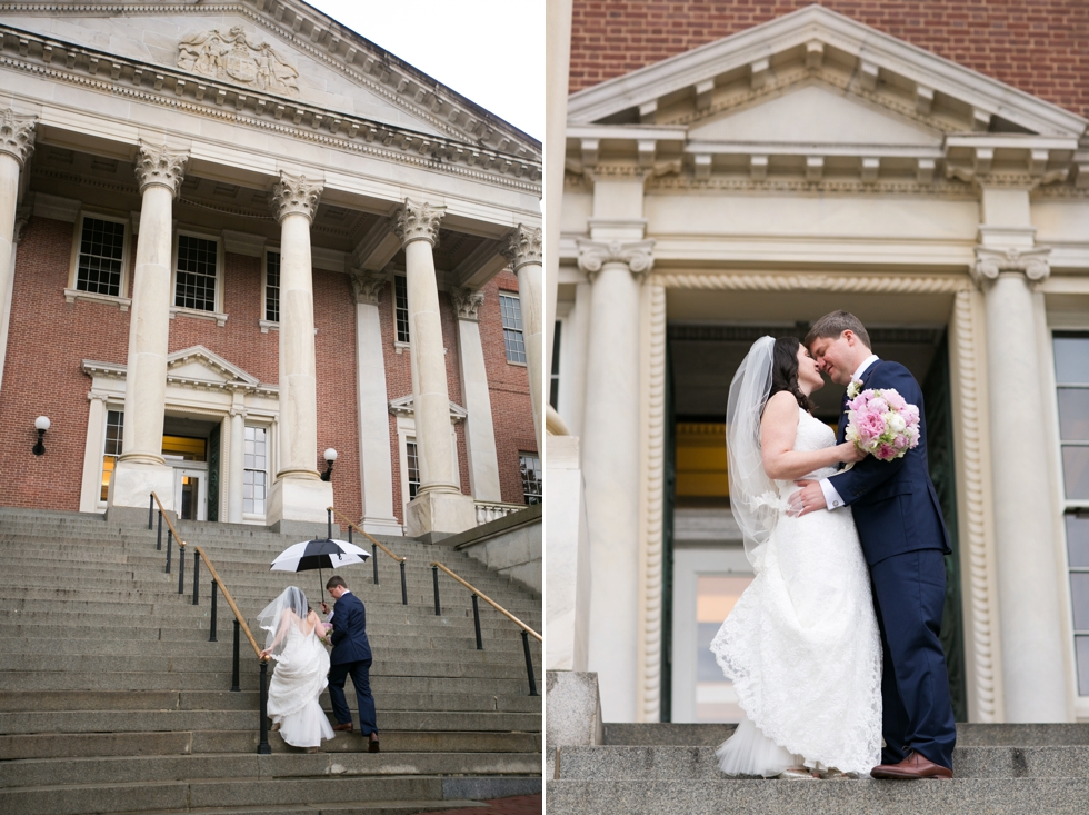 Rainy Annapolis State House wedding couple - Philadelphia wedding photographer