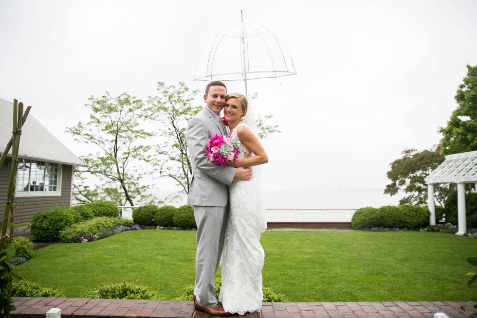 Rainy Annapolis Beach wedding - Philadelphia wedding photographer