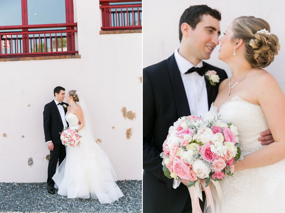 Annapolis City Dock wedding photos - Center city wedding photographer