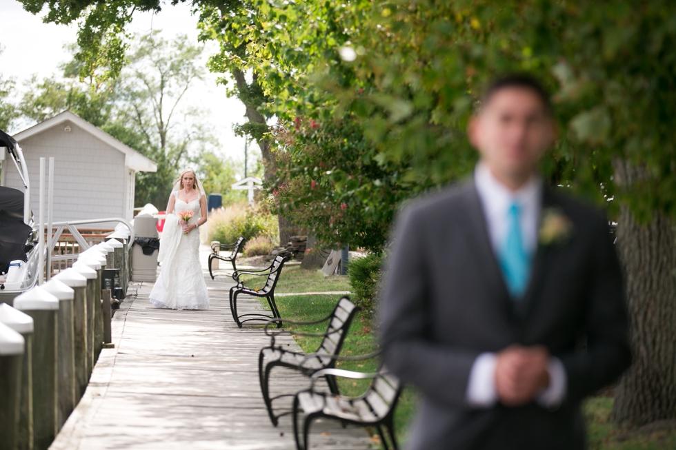 Wedding photographer in Philadelphia - Silver Swan Bayside First Look