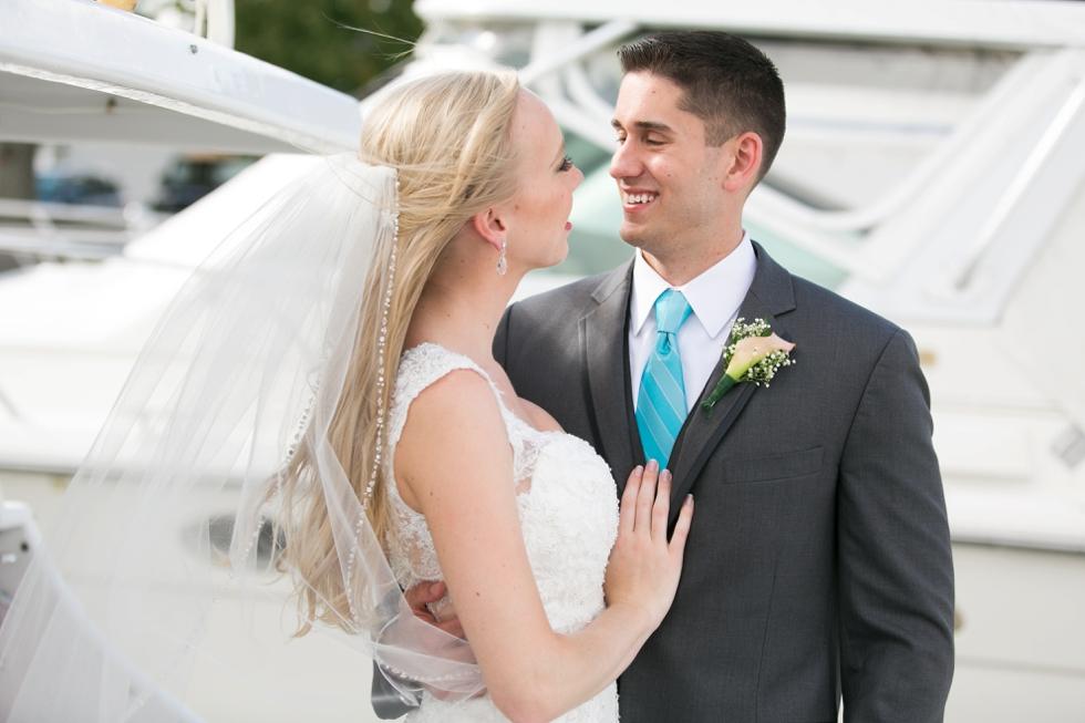 Chesapeake Bay Wedding photographer - Silver Swan Bayside Wedding couple