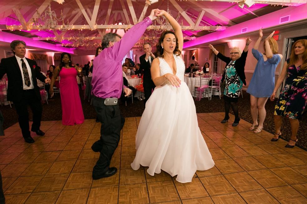Intimate Maryland Wedding - Crofton Country Club