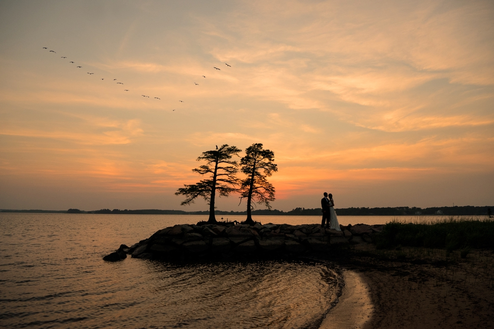 Two Rivers Country Club Wedding Sunset - James River Wedding photography