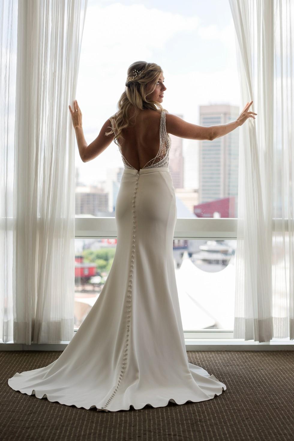 Four Seasons Hotel baltimore bride wearing a martina liana wedding dress