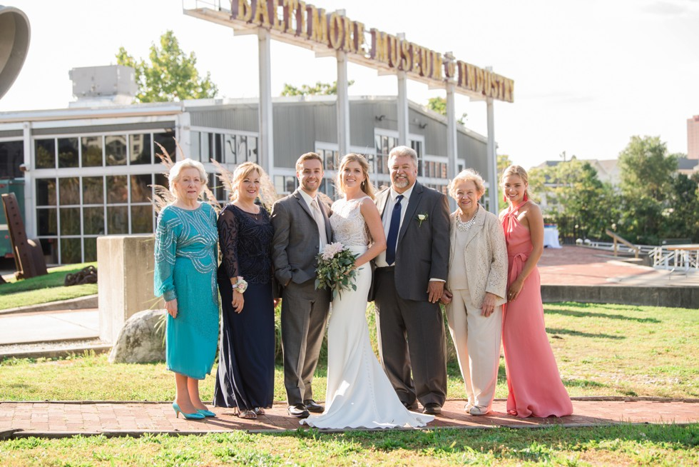 Family wedding photos at Baltimore Museum of Industry