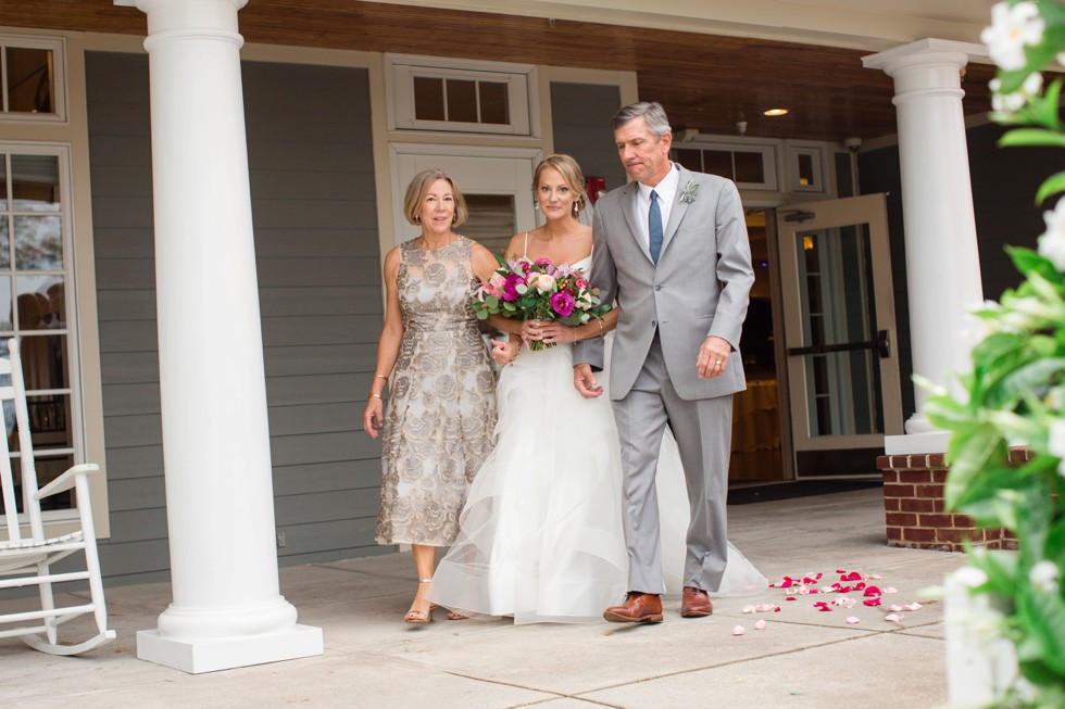 outdoor Fall wedding ceremony on the Chesapeake Bay
