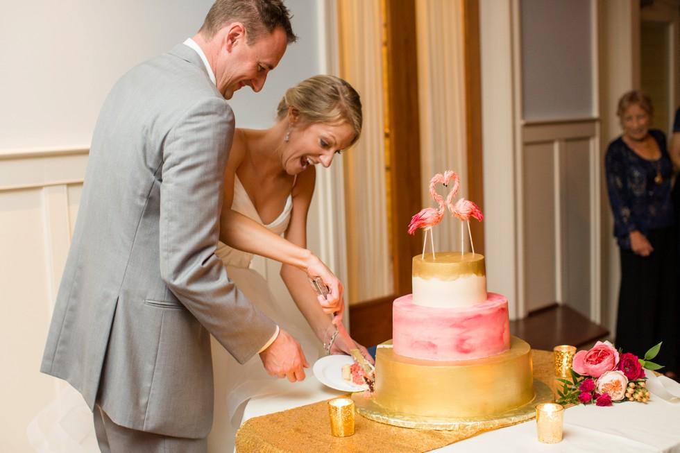 Edibles Incredible Desserts pink flamingo cake