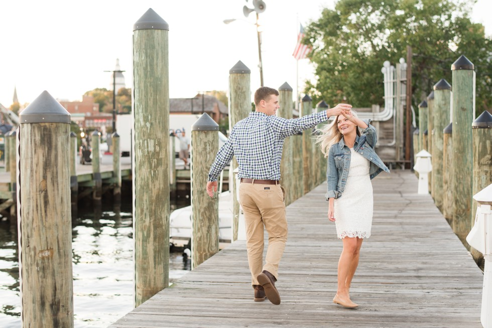 couple dancing on the docks in Annapolis