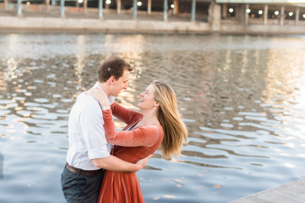 Schuylkill River Philadelphia engagement photos
