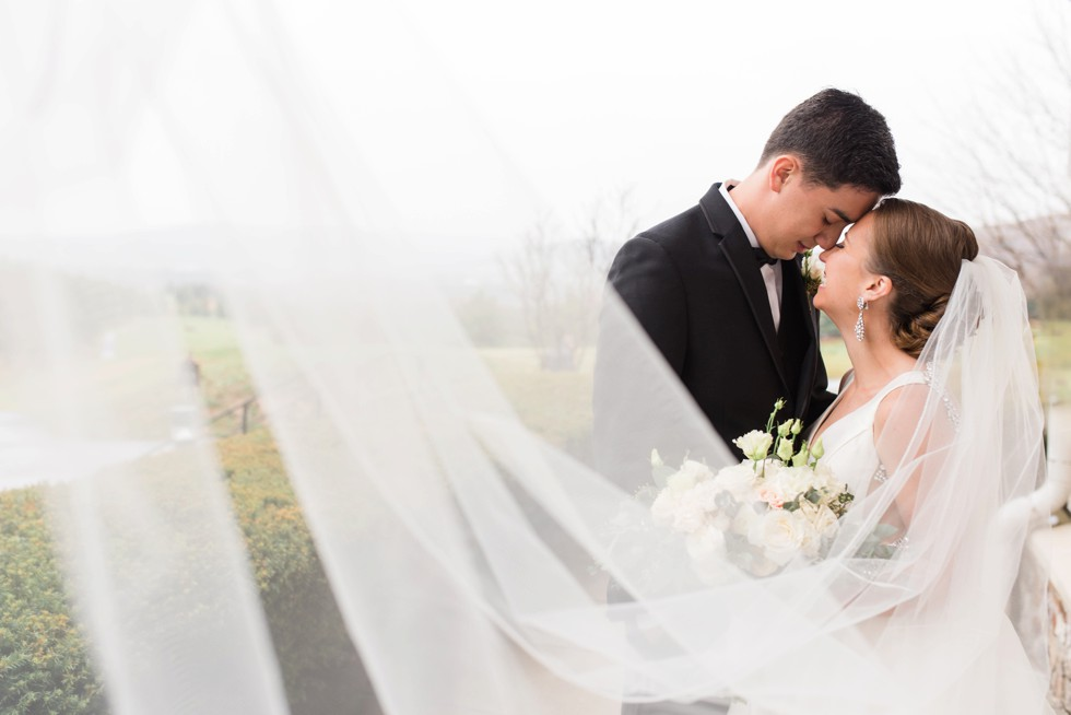 winter mountain wedding in Pennsylvania