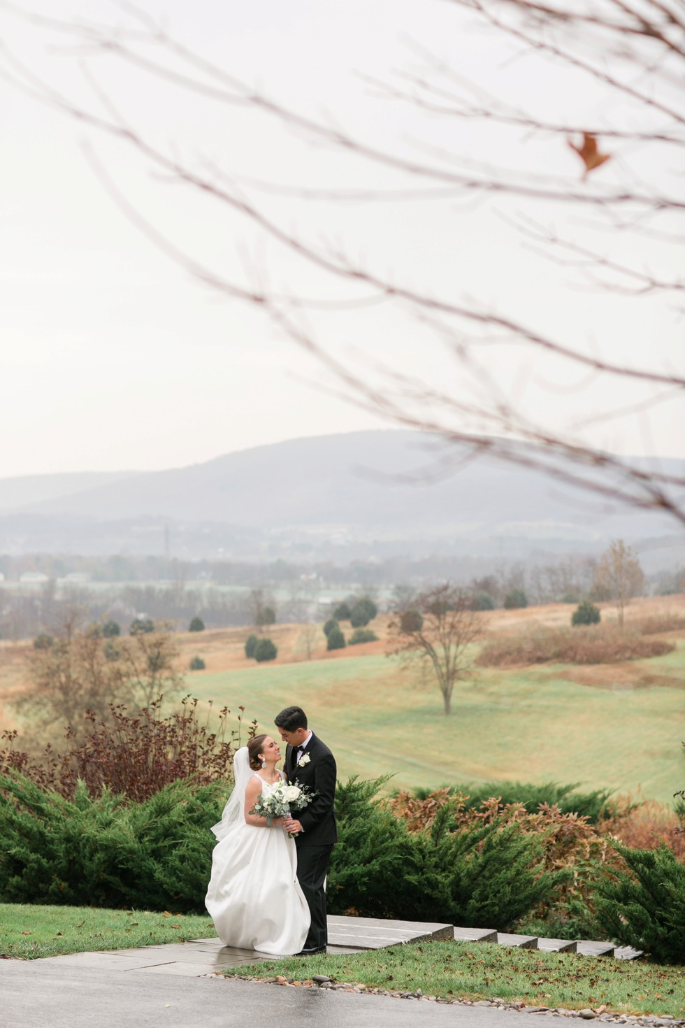 rainy winter mountain Musket Ridge Golf Club wedding