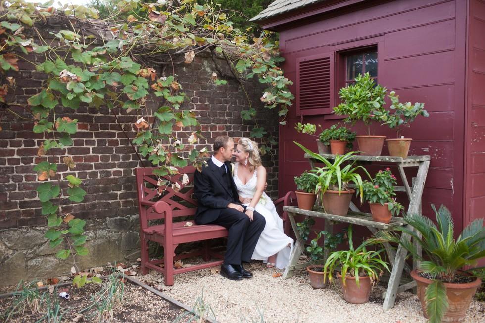 garden bride and groom photos