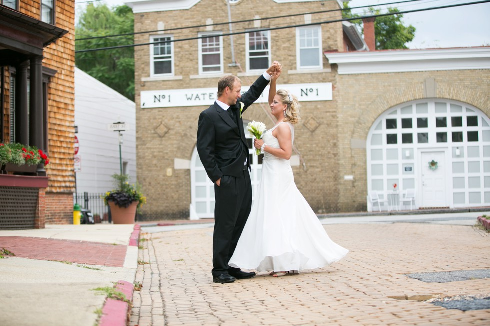 couple twirling in the streets