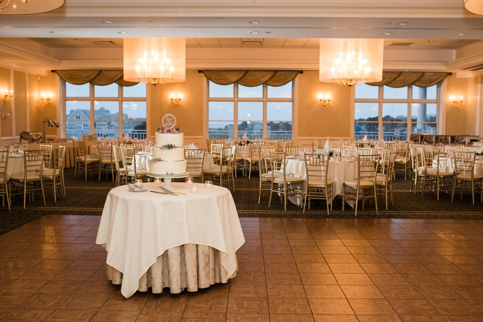 Cakes and Islands New Seabury Country Club wedding