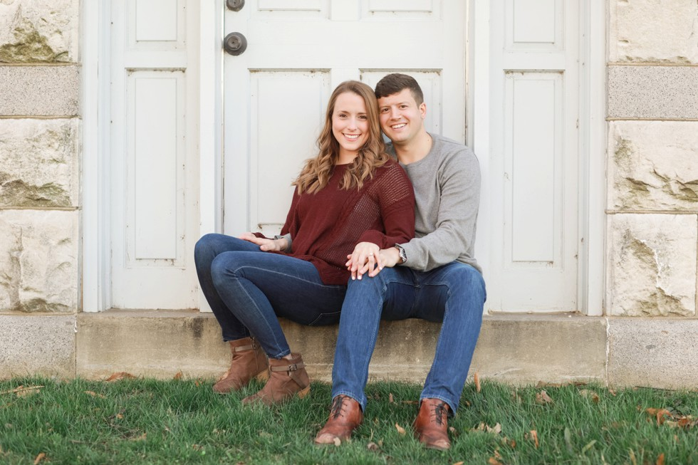 engagement photos in maroon shirt