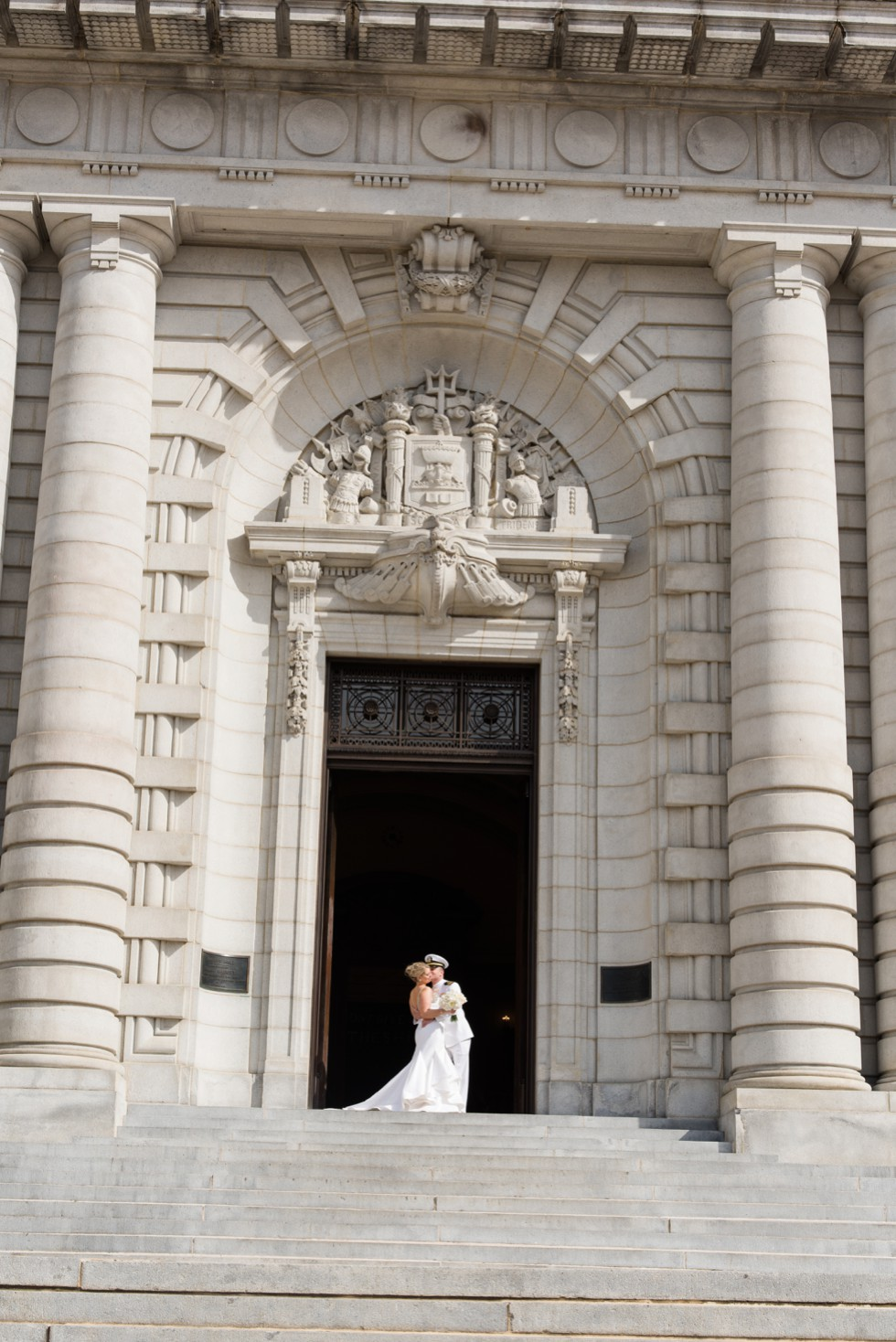 Bancroft Hall bride and groom dipping