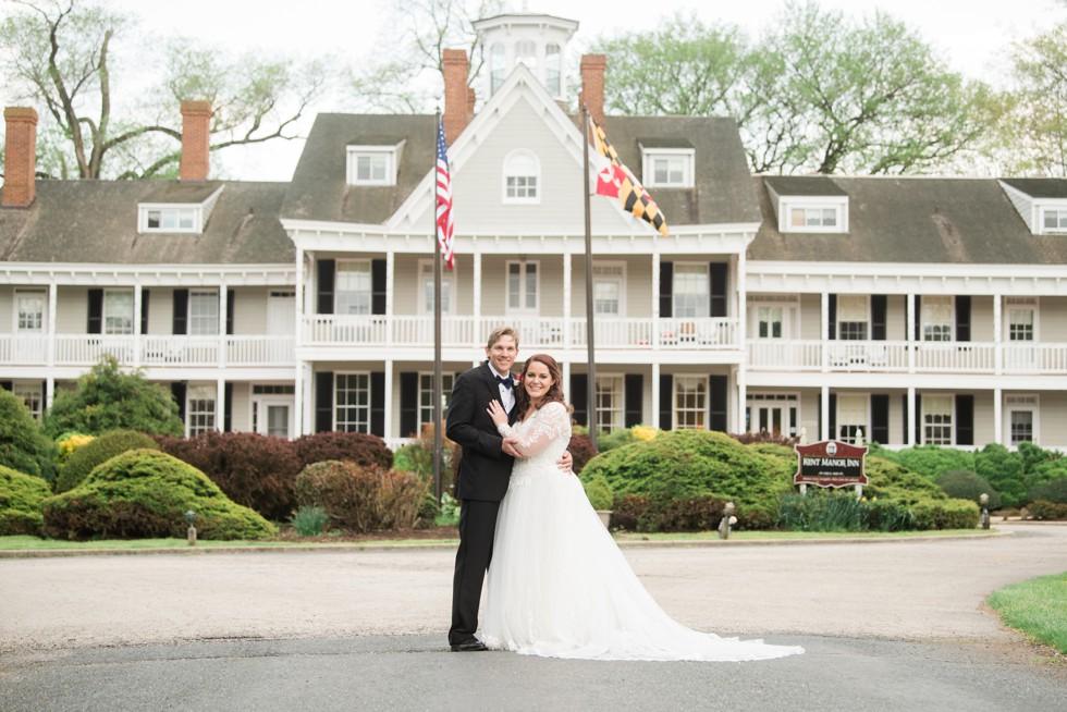 Historic Kent Manor Inn Spring wedding