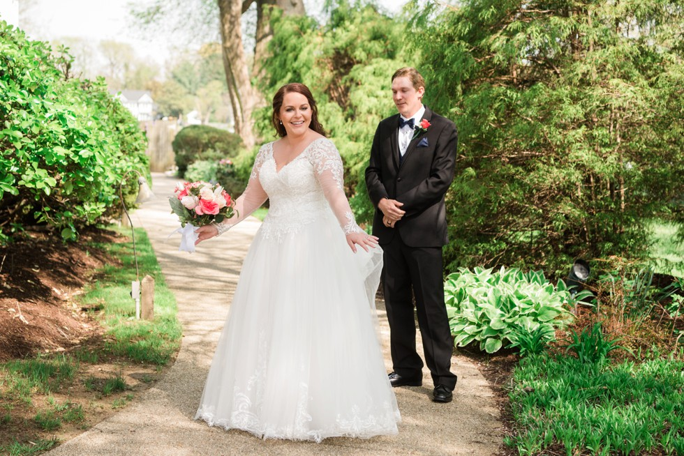 first look in a lace wedding dress