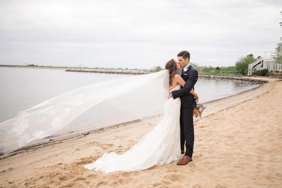 beach wedding couple