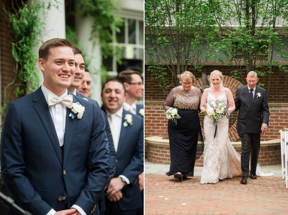 The Tidewater Inn courtyard ceremony