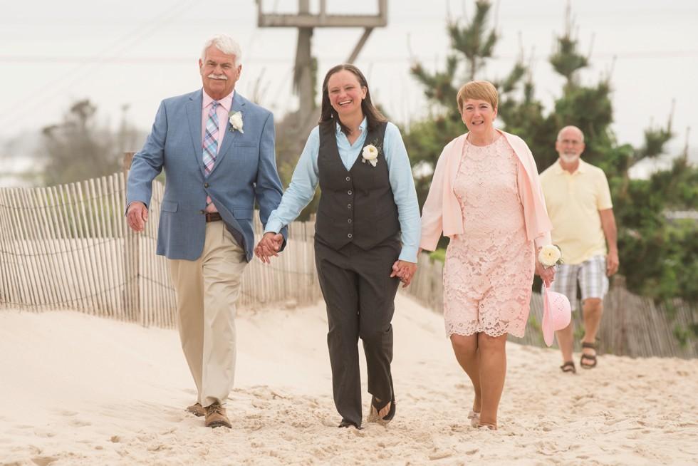 Delaware Brides beach wedding ceremony