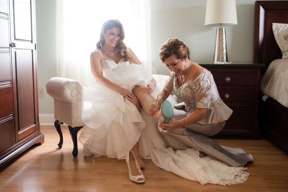 Newtown Square wedding getting ready
