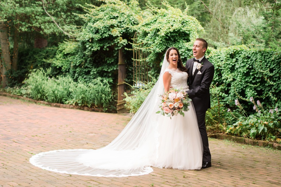 Holly Hedge estate wedding couple