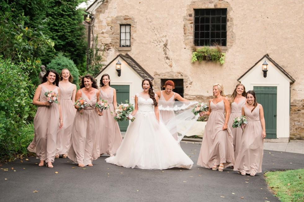 Sorella Vita bridesmaids in Holly Hedge Estate