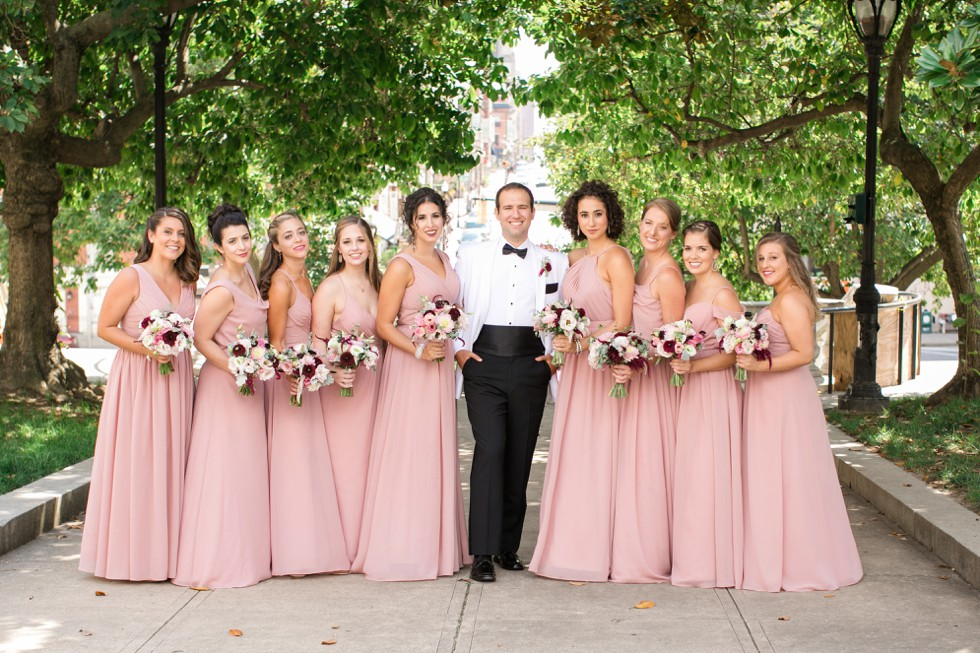 bridesmaid photos in Mount Vernon