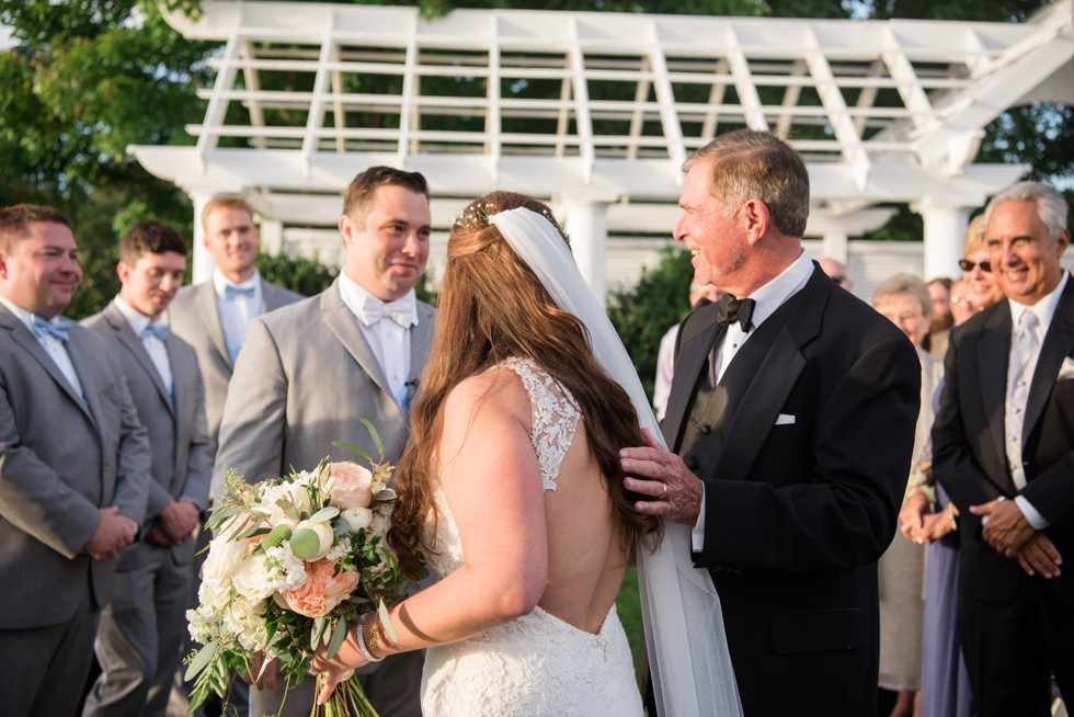 eastern shore wedding ceremony outside