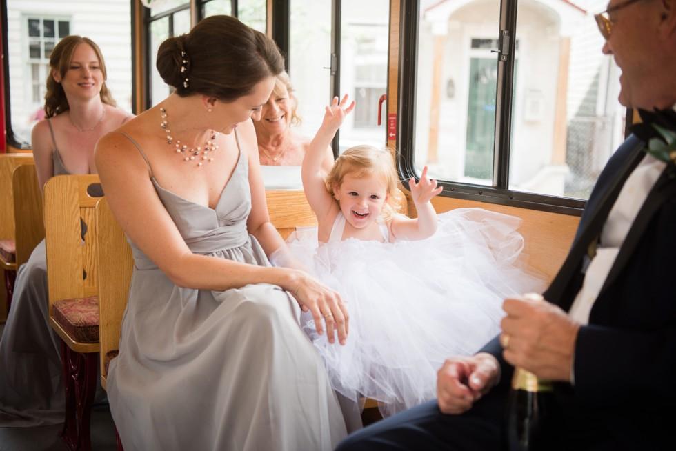 bride getting ready in Annapolis trolley