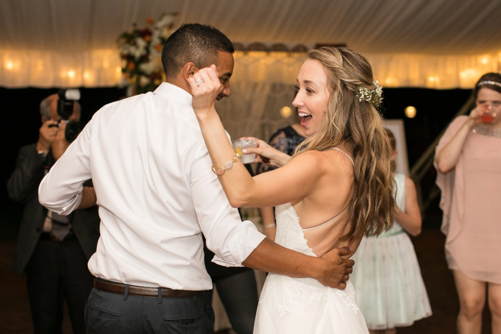 Belmont Manor reception dancing