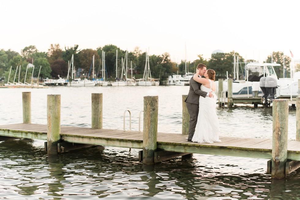 sunset wedding photos at Annapolis Maritime Museum